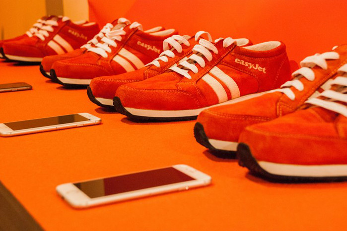 با کفش هوشمند در هر جای دنیا که باشید پاهایتان مقصد را به شما نشان می دهند