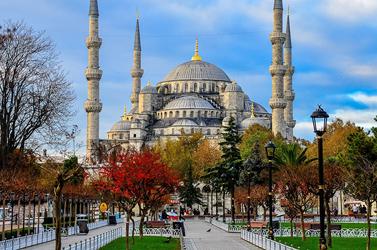 تور استانبول مهر و آبان 1400