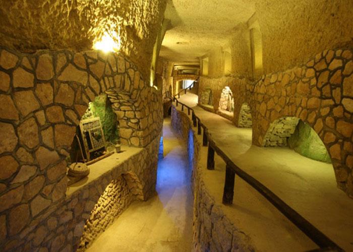 کاریز: شهر زیرزمینی کیش