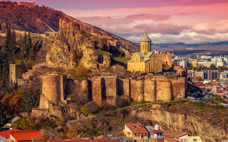قلعه تاریخی ناریکالا، قلعه ی نظامی پارس ها در گرجستان