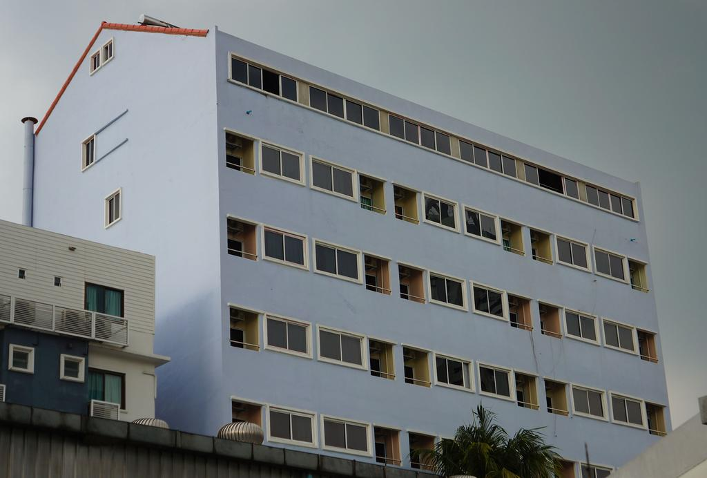 هتل J TWO S Pratunam Hotel بانکوک