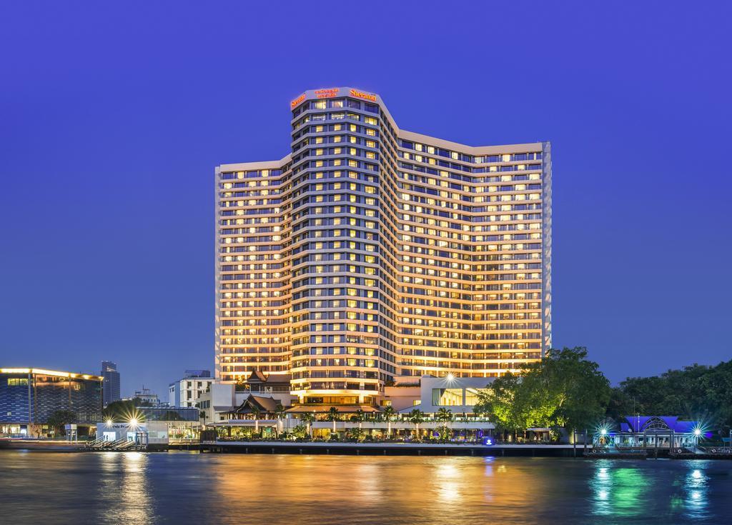 هتل Royal Orchid Sheraton Hotel & Towers بانکوک