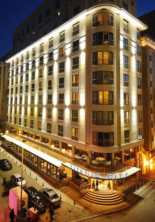 هتل Titanic City Taksim استانبول