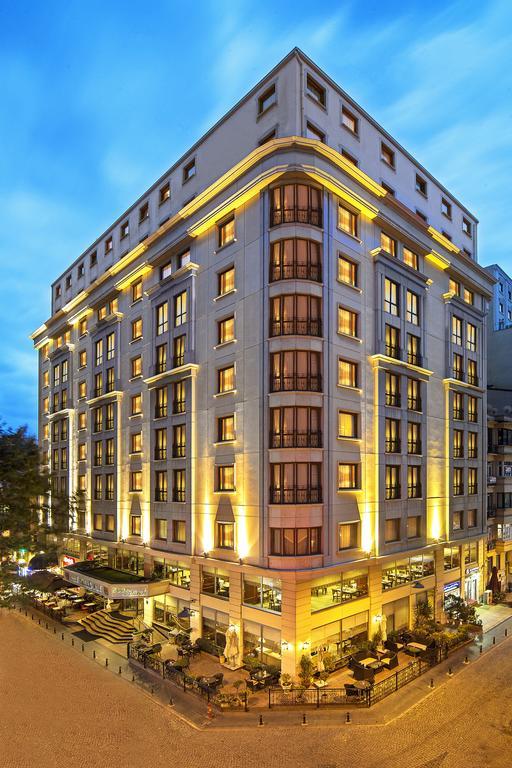 هتل Grand Oztanik استانبول