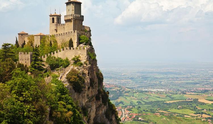 ایتالیا 103 کاخ را به رایگان تحویل می دهد