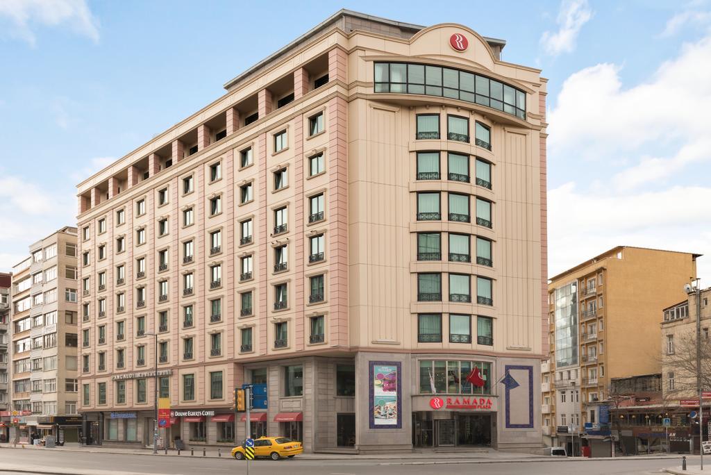 هتل Ramada Plaza استانبول