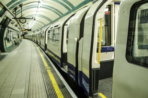 چگونه از سیستمهای حملونقل عمومی در کشورهای مختلف در هنگام مسافرت استفاده کنیم؟