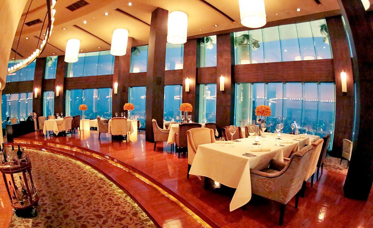 رستوران مزالونا در بانکوک