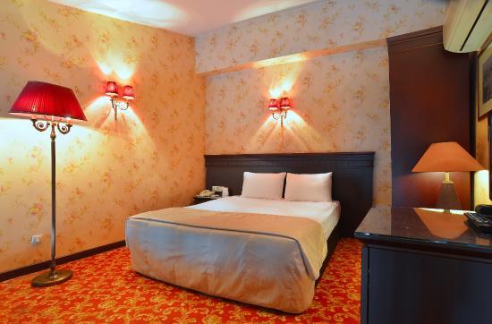 هتل پرارز استانبول
