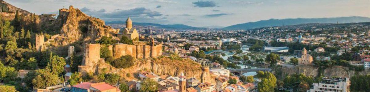 نمایی زیبا از شهر تفلیس