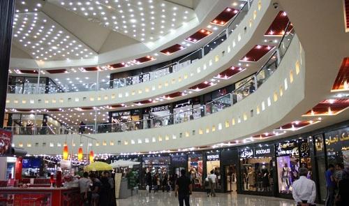 نمایی زیبا از مرکز خرید زیتون کیش