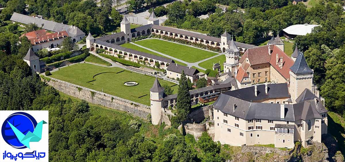 ساختمان های بزرگ و زیبای اتریش